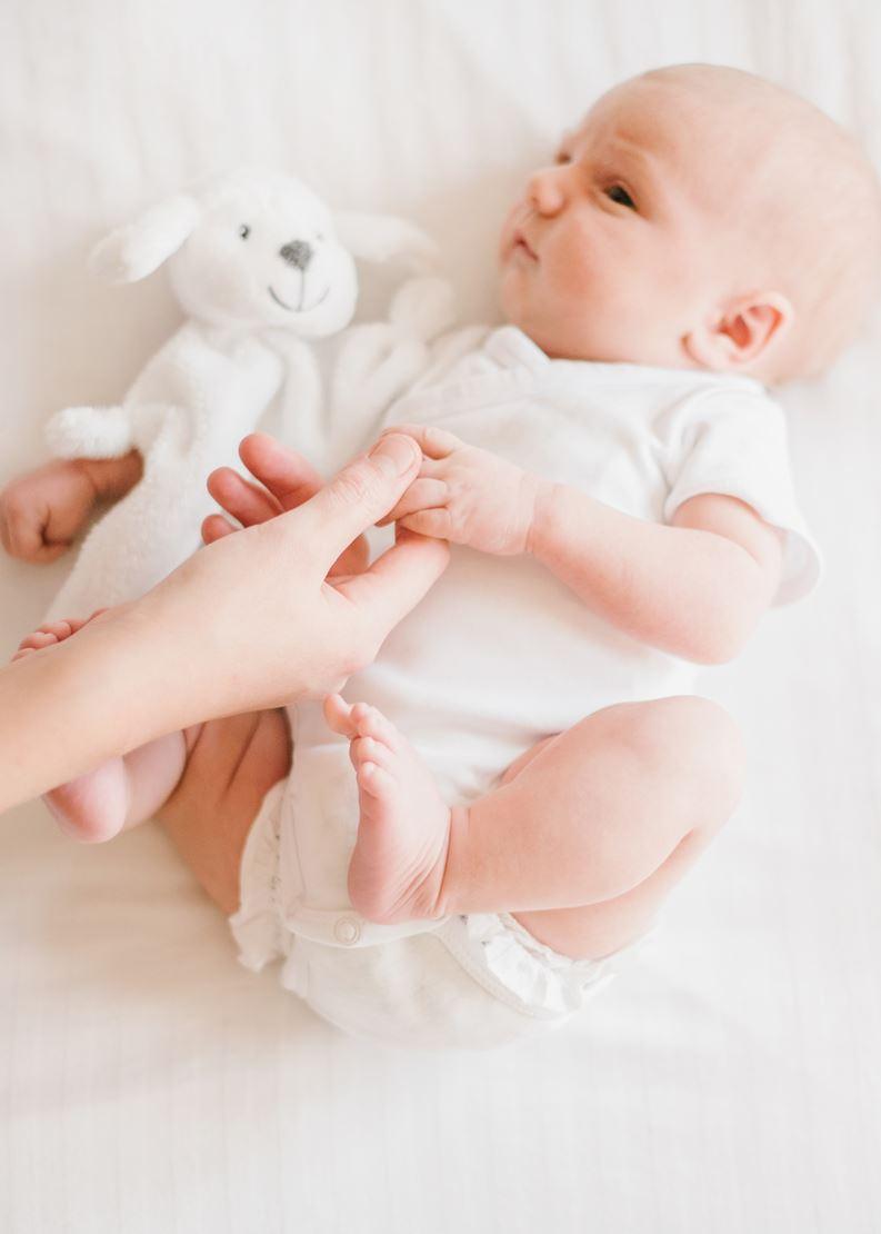 photographe famille lausanne nyon vaud séance bébé