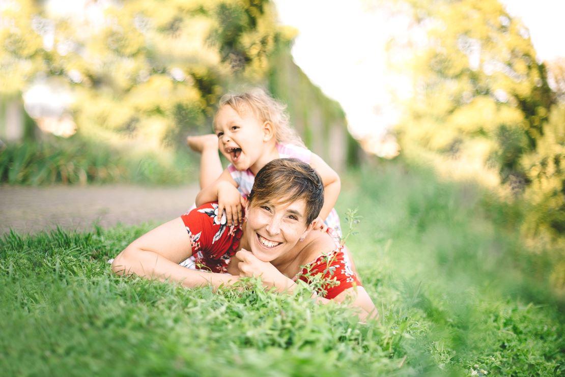 séance famille bord du lac nyon photographe famille genève nyon suisse lausanne vaud